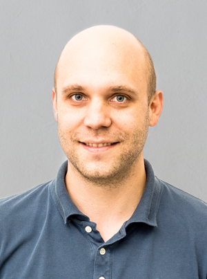 Dr Stefan Birkmeie